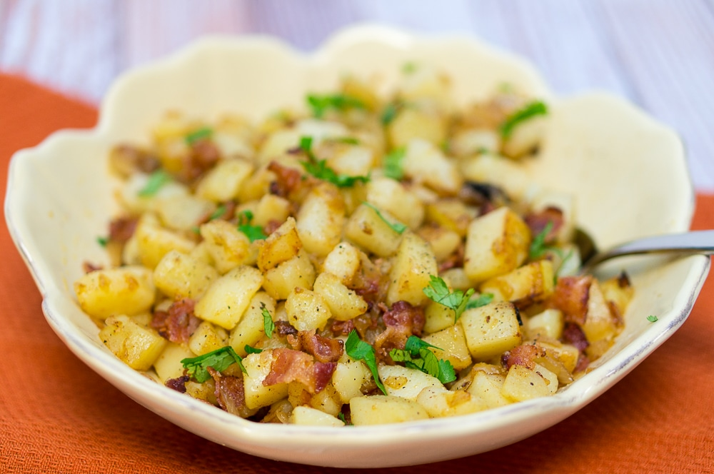 German pan fried potatoes bratkartoffeln delicious meets healthy pan fried potatoes bratkartoffeln forumfinder Gallery