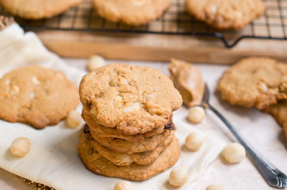 paleo white chocolate macadamia nut cookies