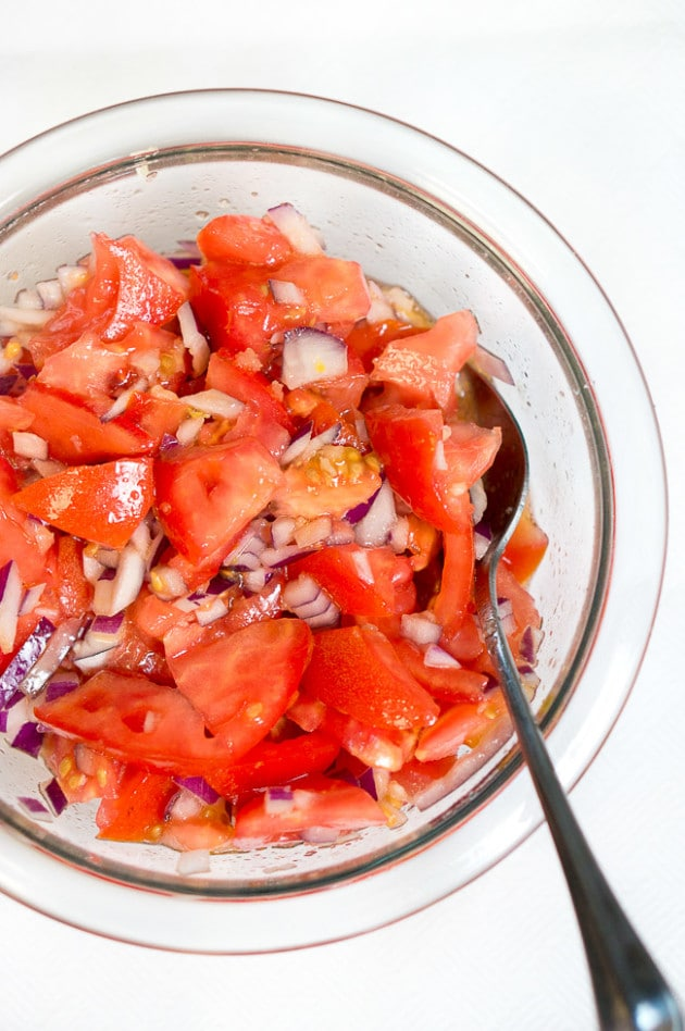 Fresh Summer Salad | www.deliciousmeetshealthy.com