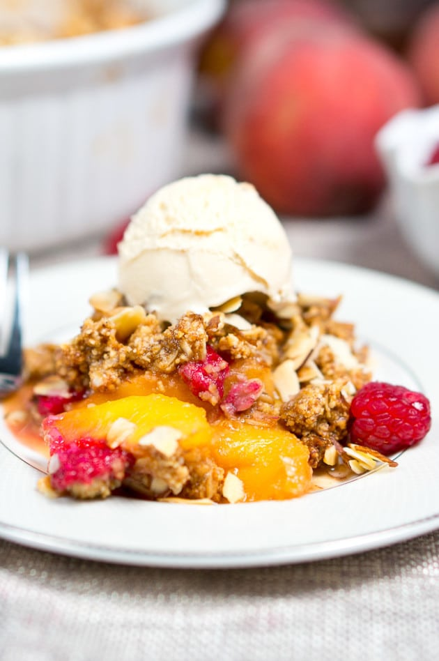 Peach Raspberry Crumble | Delicious Meets Healthy