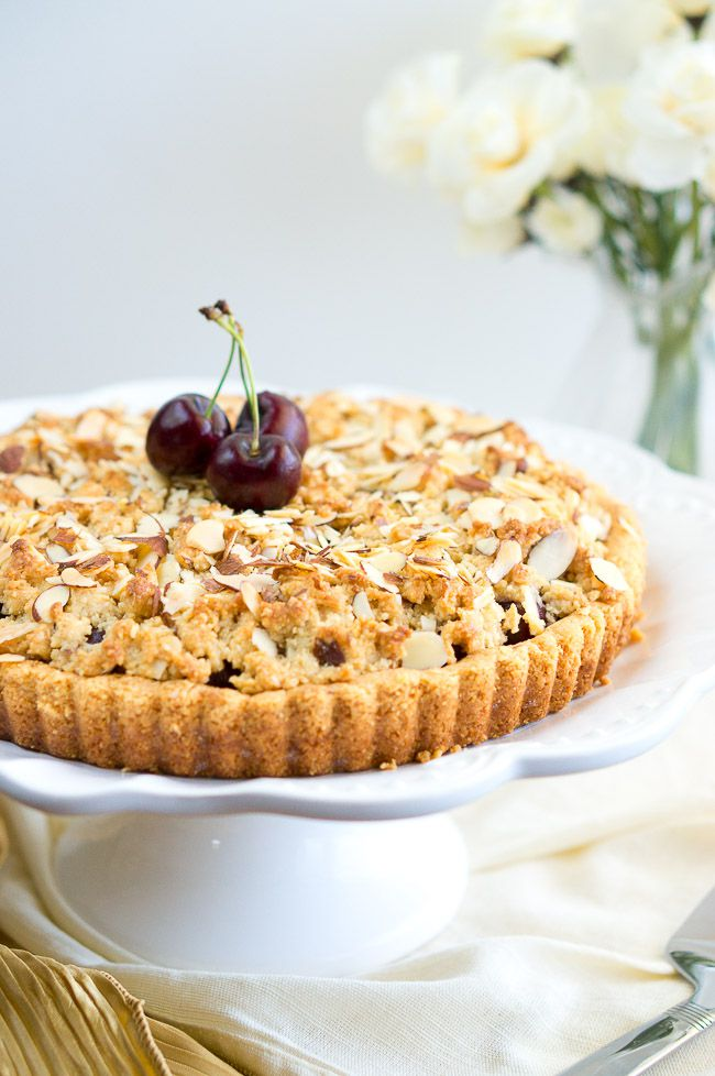 Almond Cherry Crumble Tart - Summer fresh cherries topped with a delicious almond crumble makes this dessert out-of-this-world!