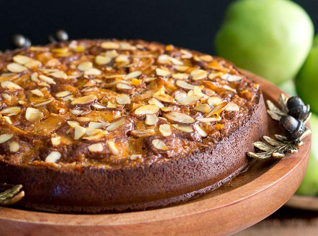 Apple Almond Cake (Paleo, Gluten-Free)