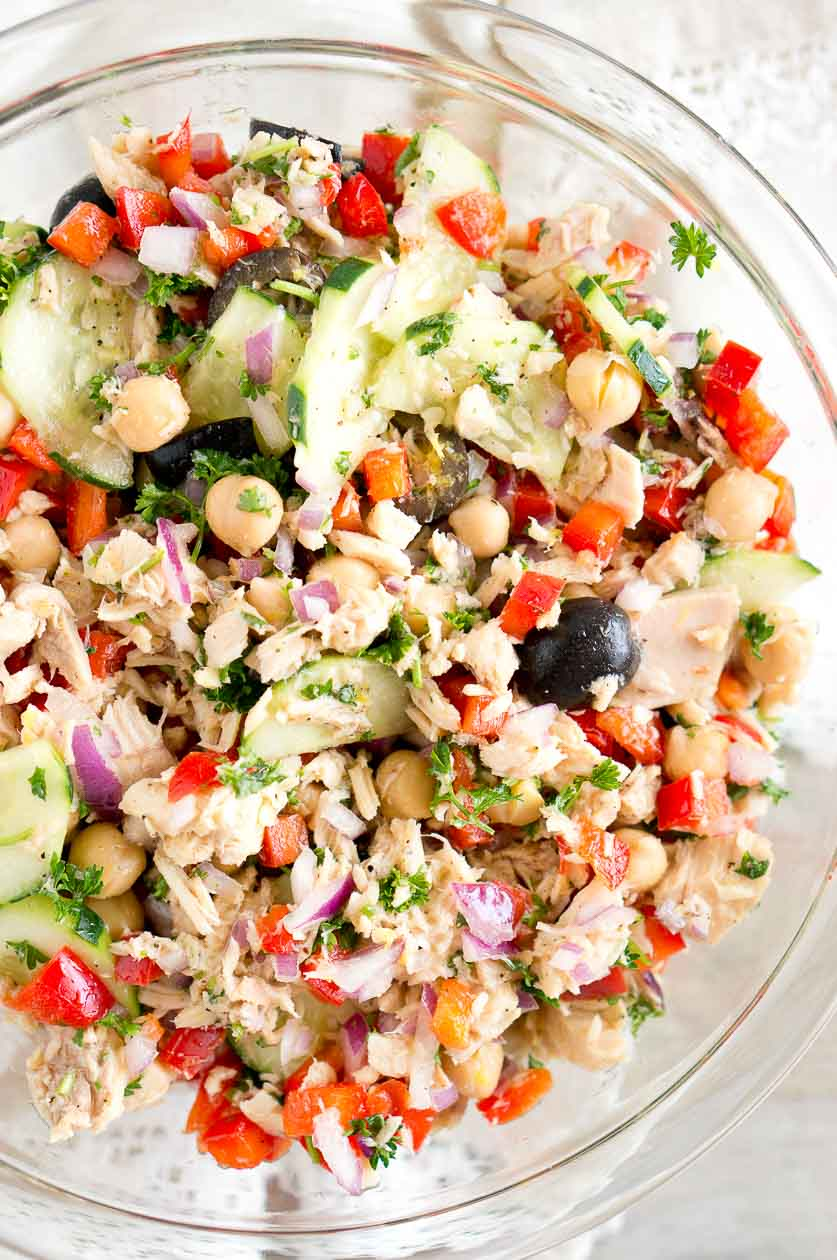 Mediterranean Tuna Salad - so much flavor and so easy to put together! This mayonnaise-free tuna salad is naturally gluten-free, paleo and low carb.